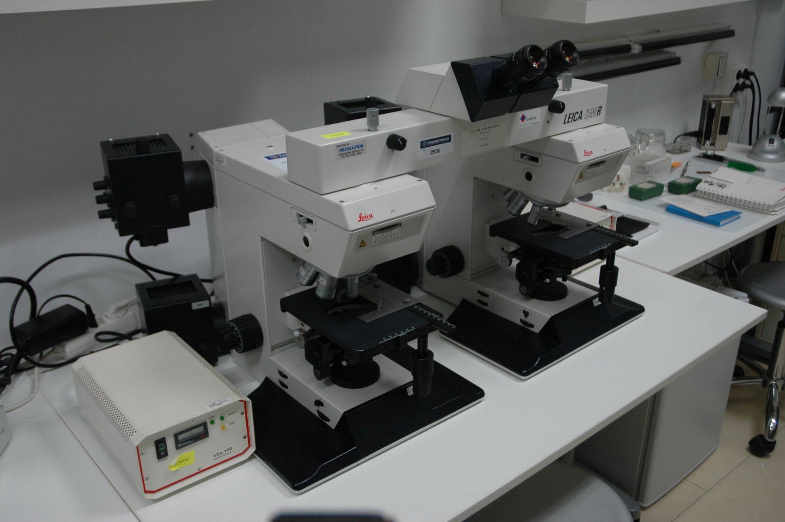 Microscopio de comparación LEICA